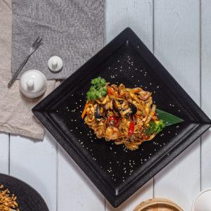 Лапша и wok